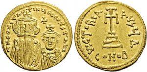 Солид Константа ІІ, чеканенный в 654–659 гг. Император изображен вместе с сыном-соправителем Константином.