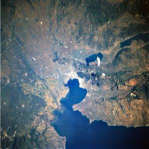 Вид окрестностей Фессалоники/Салоник из космоса.