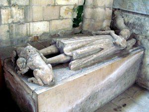 Надгробок Рауля де Крепі. Церква св. Петра в Мондід'є (Франція)