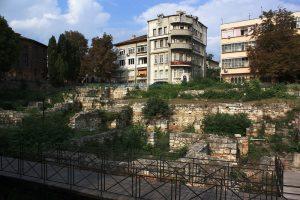 """Руины римских терм – """"немое свидетельство"""" об античном Одессосе/Одиссе – в центре современной Варны."""