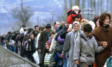 Фотограія албанських біженців у Косово била використана російськими ЗМІ як ілюстрація «українських біженьців у Ростовській області». Мабуть їм здалося, що Ростовська область розташована десь у підніжжі Гімалаїв.